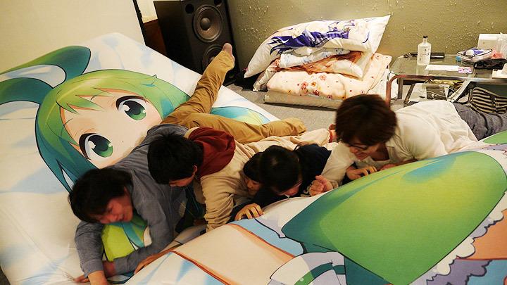【画像】抱き枕を極めた人間の部屋 「趣味に生きる」って感じがしてカッコイイ [無断転載禁止]©2ch.net [919194651]YouTube動画>1本 ->画像>75枚